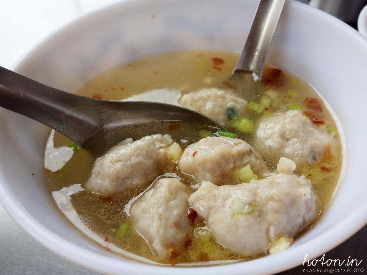 【宜蘭食記】礁溪 / 員山魚丸米粉麻醬麵.手工魚丸用料紮實傳統好美味
