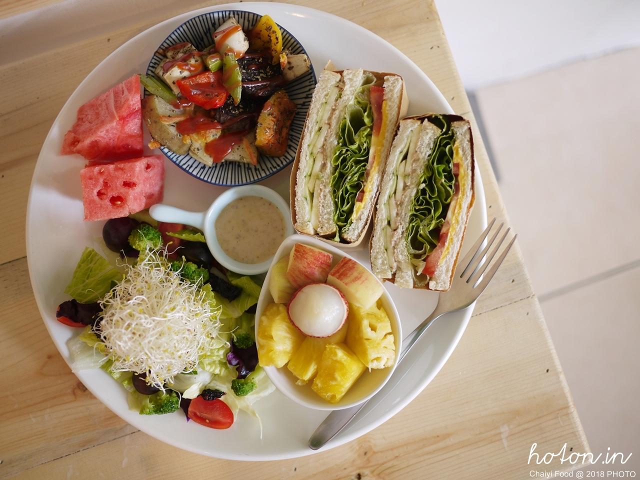 【嘉義食記】晨食找餐(二訪).從餐車到店面始終愛地球的素食蔬食早午餐