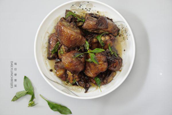 蘇蔡農場料理:三杯雞食譜.有機放山雞無抗生素,新鮮冷凍宅配切塊方便料理